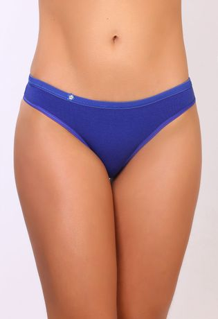 C110-Compra-Facil-lingerie-Foto-Modelo-Frente