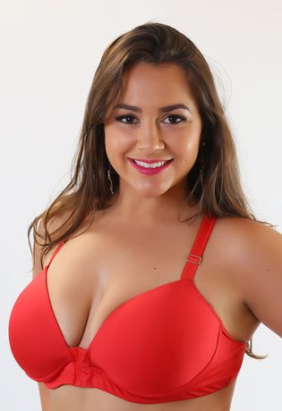 sotuien-plus-size-abertura-frotnal-em-microfibra-compra-facil-lingerie-revenda-Foto-Modelo-Frente-Cor-Vermelho