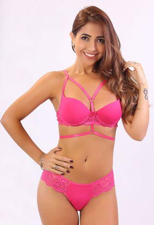conjunto-strappy-em-renda-e-microfibra-compra-facil-lingerie-Foto-Modelo-Frente-Cor-Rosa-Escuro