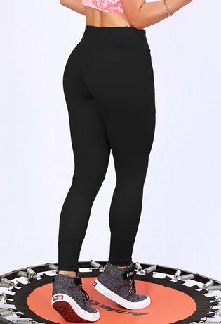 calca-fitness-cigarreti-compra-facil-lingerie-Revenda-Foto-Modelo-Frente-PRETA-COSTAS